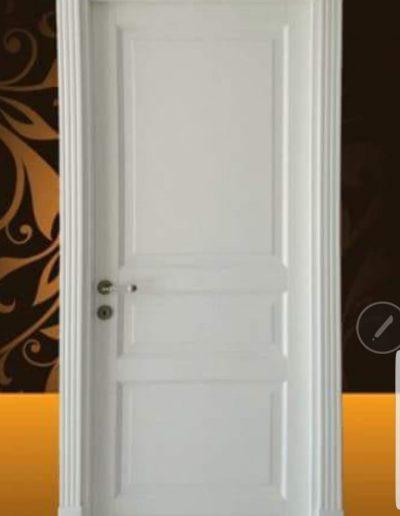 Usa interior tamplarie lemn