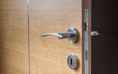 Cum alegem ușile de interior potrivite pentru casă